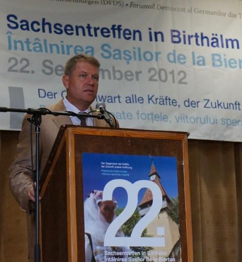 Klaus Johannis, Vorsitzender des Landesforums, würdigte die Rolle der Frauen innernhalb des Forums.